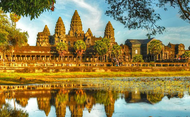 Tham quan đền Angkok Wat